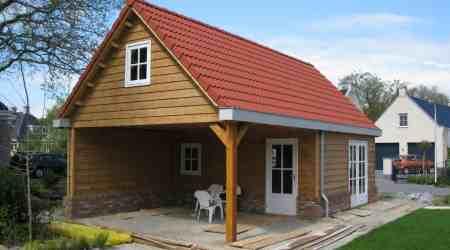 prefab tuinhuis met overkapping